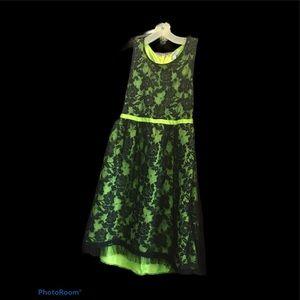 Disney dress D - Signed lime green dress XL